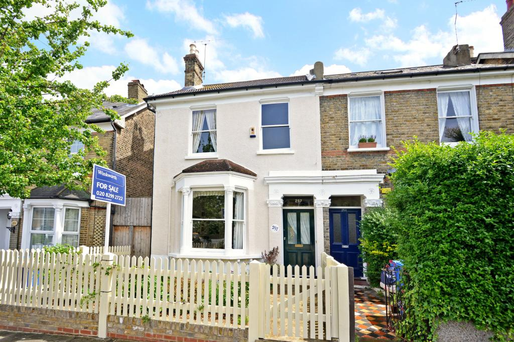 4 Bedroom Property For Sale In Crystal Palace Road East