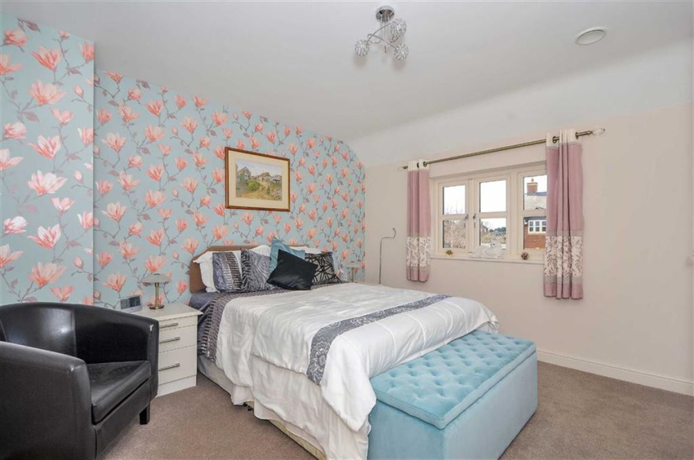 Bedroom Property For Sale In Tor View Close Yeovil Somerset