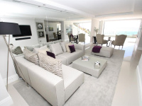 Beach Apartment, Crowstone Court, Westcliff Esplanade