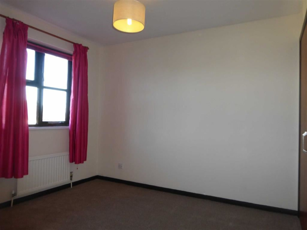 Next & Stags   3 bedroom property to let in West Yelland Barnstaple ...