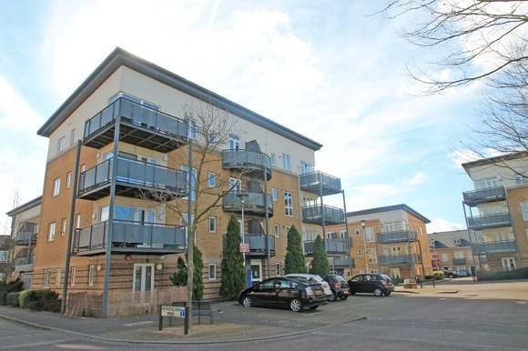 2 Bedrooms Flat for rent in Mercury House, Cassio Metro, Watford