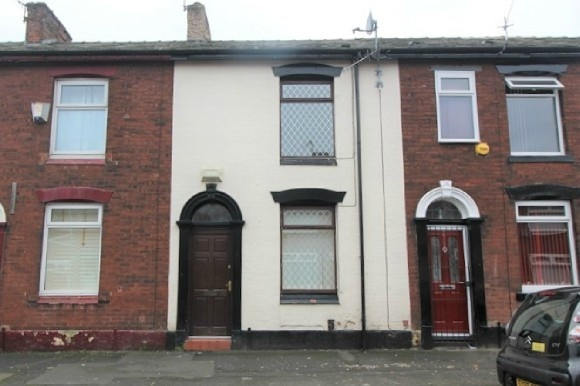 2 Bedrooms Property for sale in Belgrave Road, Oldham