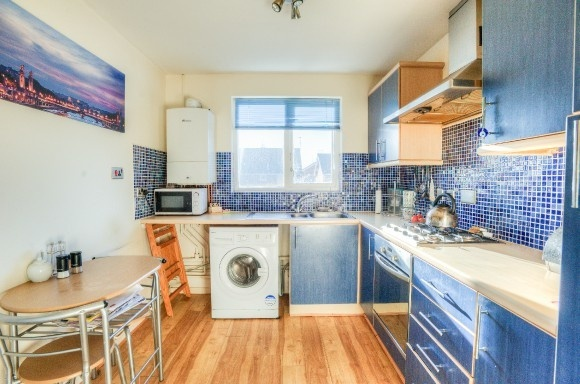1 Bedroom Property for sale in Carew Close, Stratford-Upon-Avon