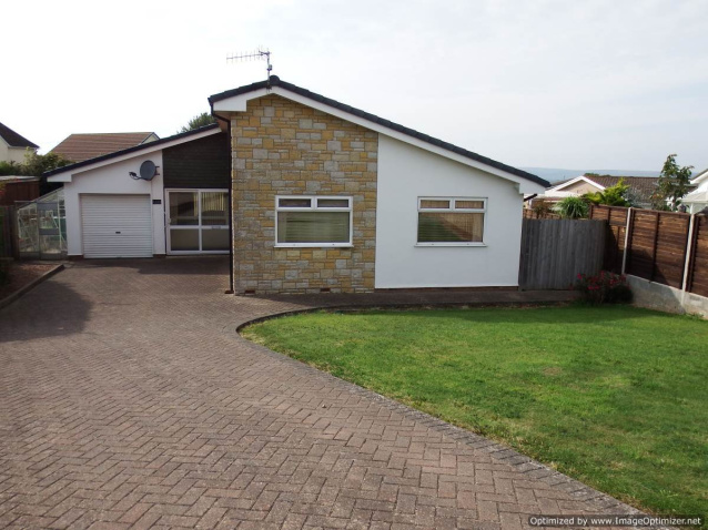 A spacious u0026 inidual 3 Bedroomed Detached Bungalow occupying a fabulous plot within a highly sought after cul de sac position 1 mile from Instow Beach ... & 3 bedroom property for sale in Allenstyle View Yelland - £285000