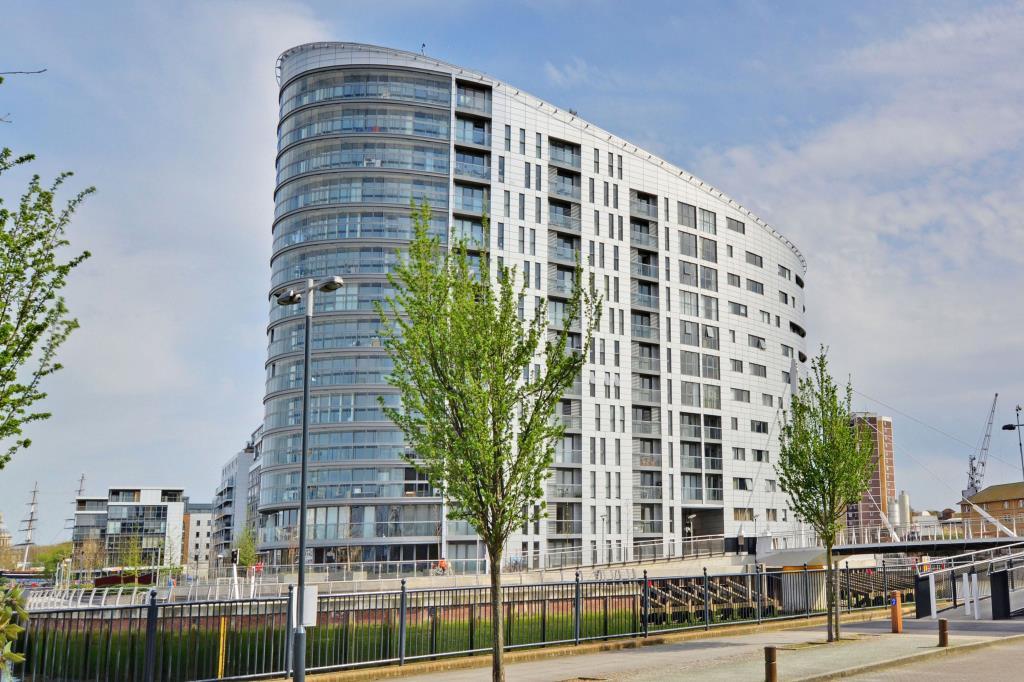 3 Bedroom Property For Sale In Admirals Tower 8 Dowells