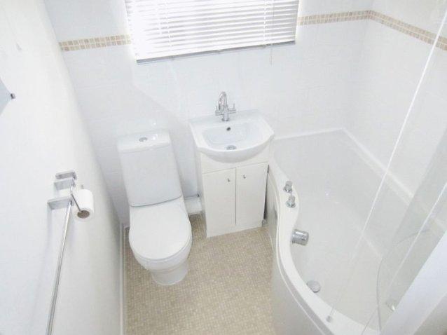 Kitchen Tiles Oldbury 1 bedroom property to let in waterways drive, oldbury - £450 pcm