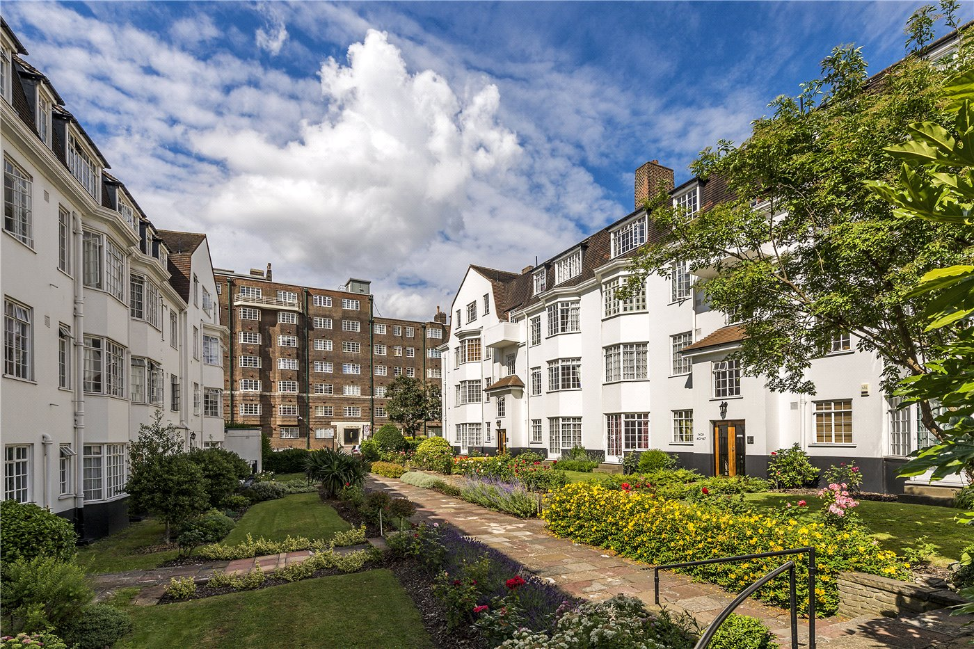 2 Bedroom Property For Sale In Wavertree Court Streatham