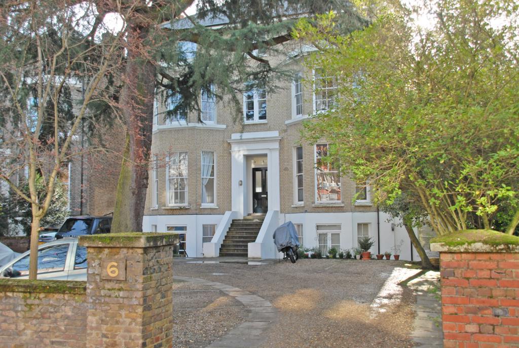 2 Bedroom Property For Sale In St Johns Park Blackheath