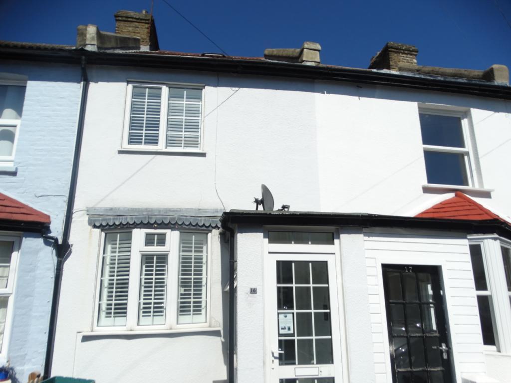 2 bedroom property to rent in Yew Tree Road, Beckenham, Kent, BR3 ...