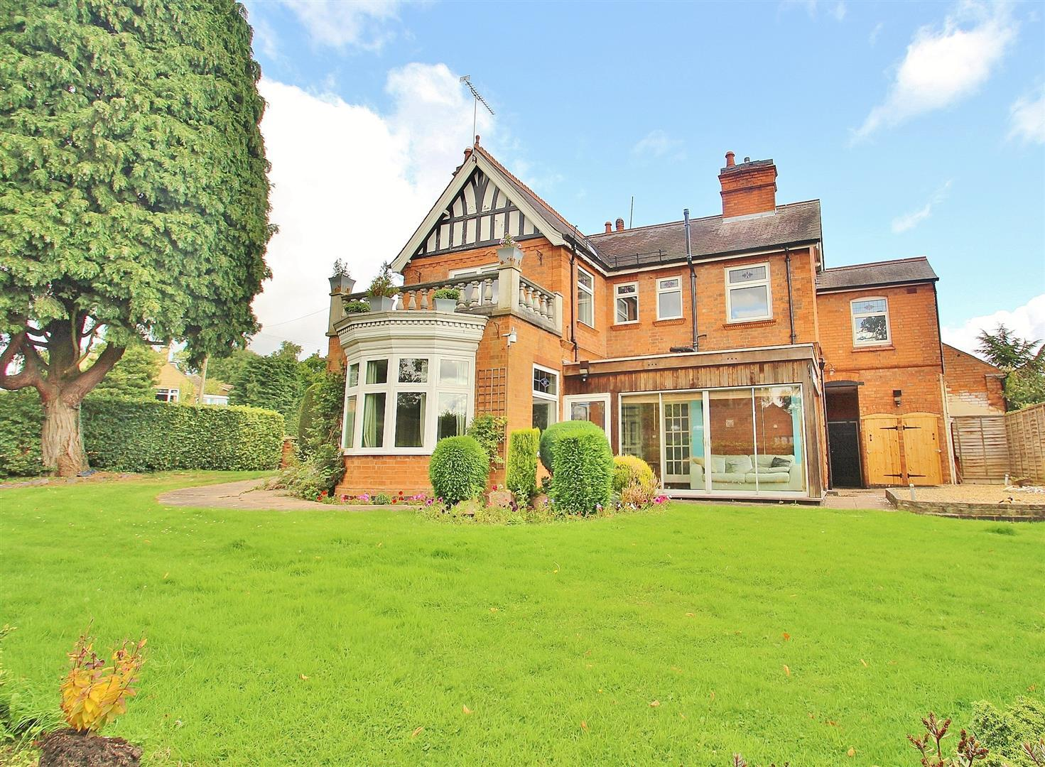 3 Bedrooms Property for sale in Woodgate, Rothley, Leicestershire