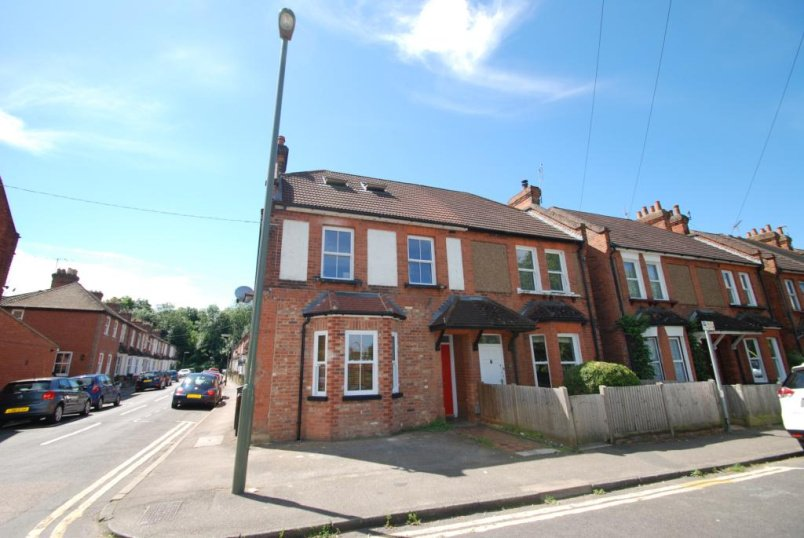 Flat/apartment to rent in Guildford - Recreation Road, Guildford, Surrey, GU1