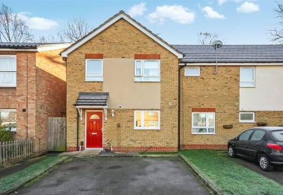 Chaffinch Way, Horley, Surrey, RH6