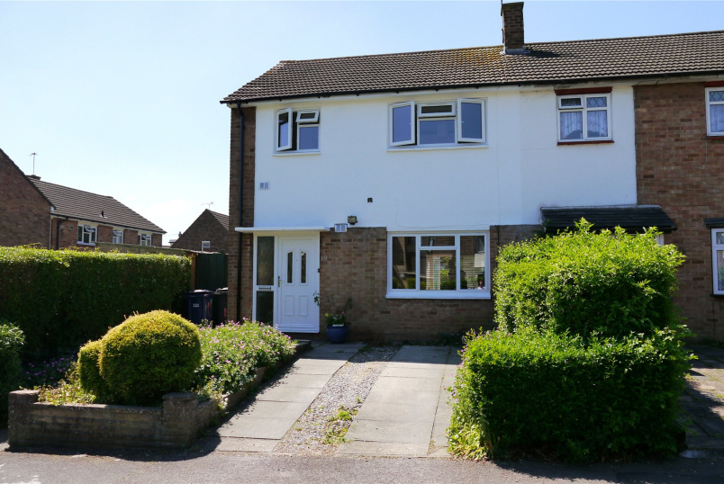 House to rent in Barnet - Quinta Drive, Barnet, Herts, EN5