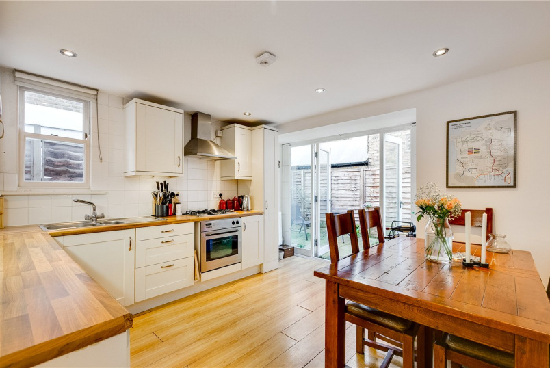 Flat/apartment for sale - Townmead Road, London, SW6