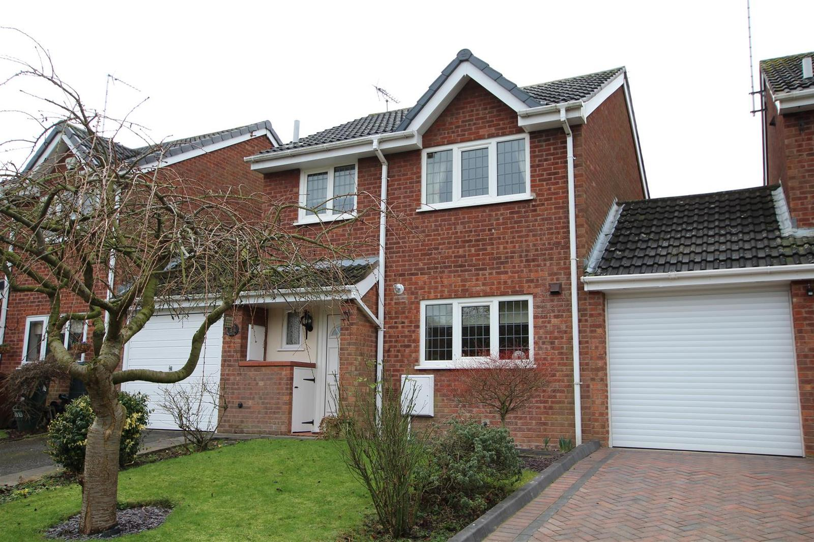 3 Bedrooms Property for sale in Lordswell Road, Burton