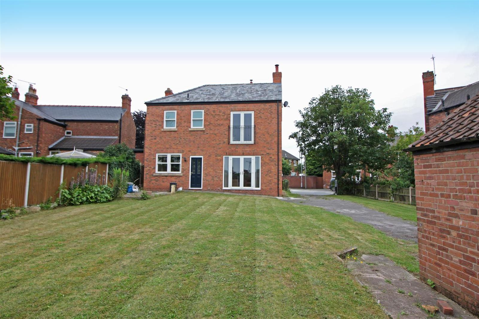 4 Bedrooms Property for sale in Tiln Lane, Retford
