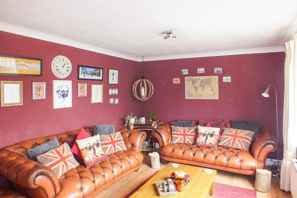 3 bedroom property for sale in Springbrook, Eynesbury - £225,000