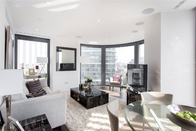 Flat/apartment for sale - Chronicle Tower, 261B City Road, London, EC1V