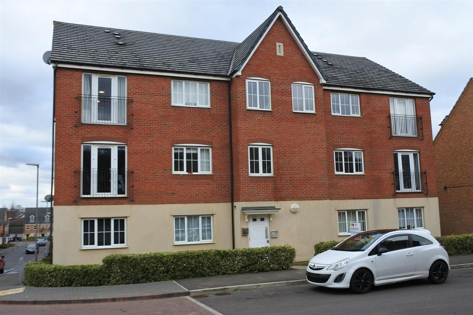 2 Bedrooms Apartment Flat for sale in Scarsdale Way, Grantham
