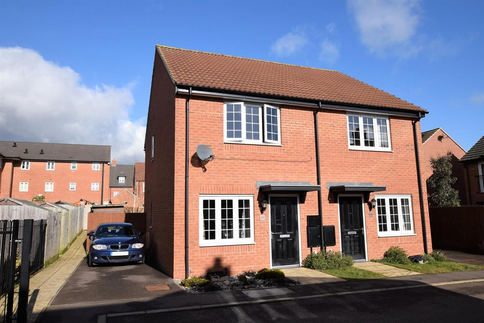 2 Bedrooms Detached House for sale in John Clare Close, Oakham