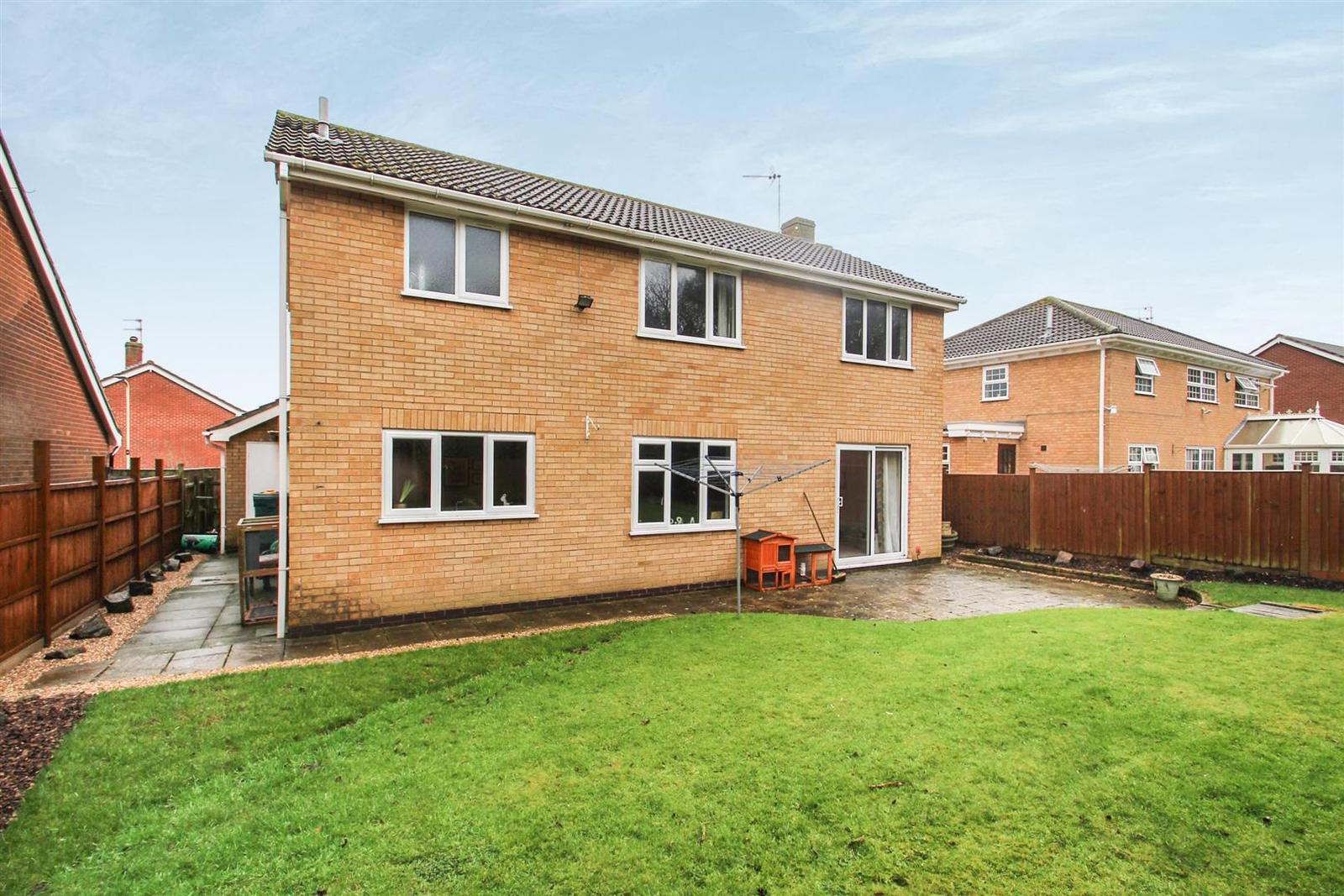 4 Bedrooms Property for sale in Cross Hedge, Rothley, Leicester
