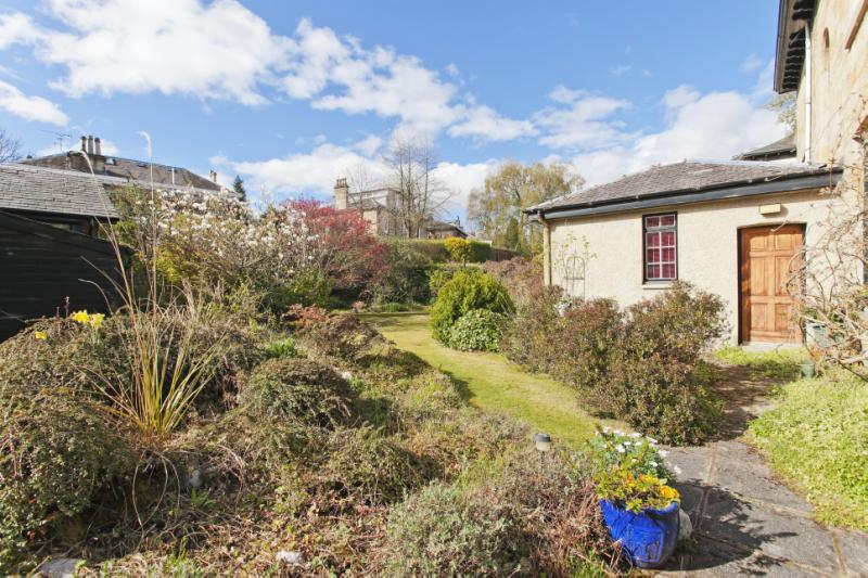 3 bedroom apartment for sale in Albert Drive, Glasgow ...