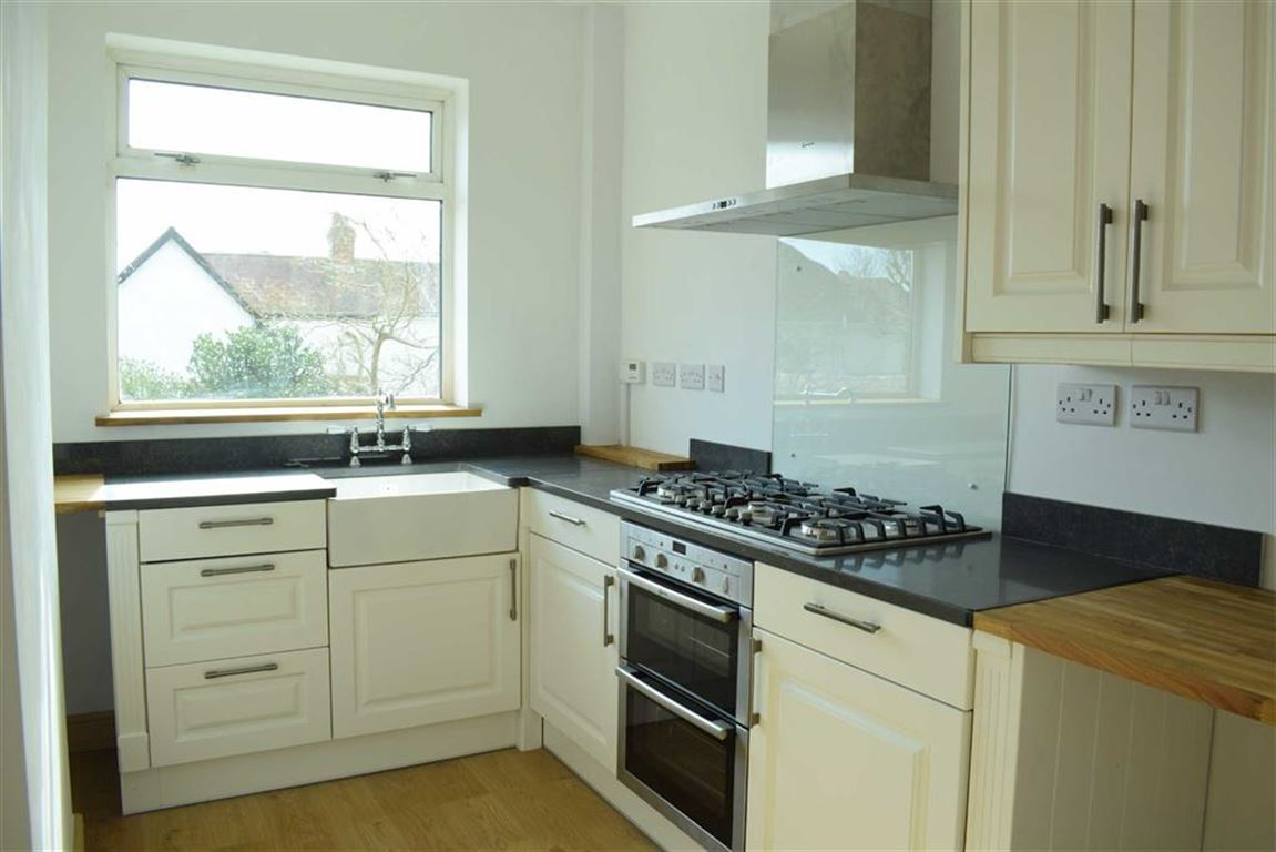 5 bedroom property for sale in Glanmor Road, Sketty - Offers in the ...