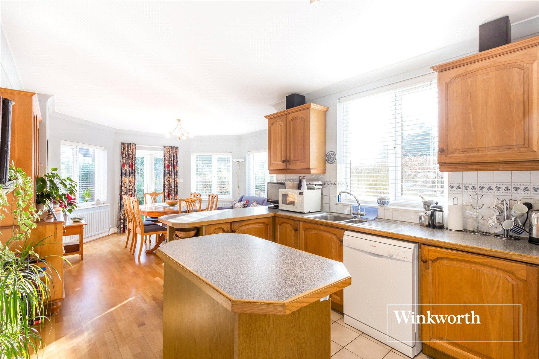 4 bedroom property for sale in Hadley Road, New Barnet, Herts, EN5 ...