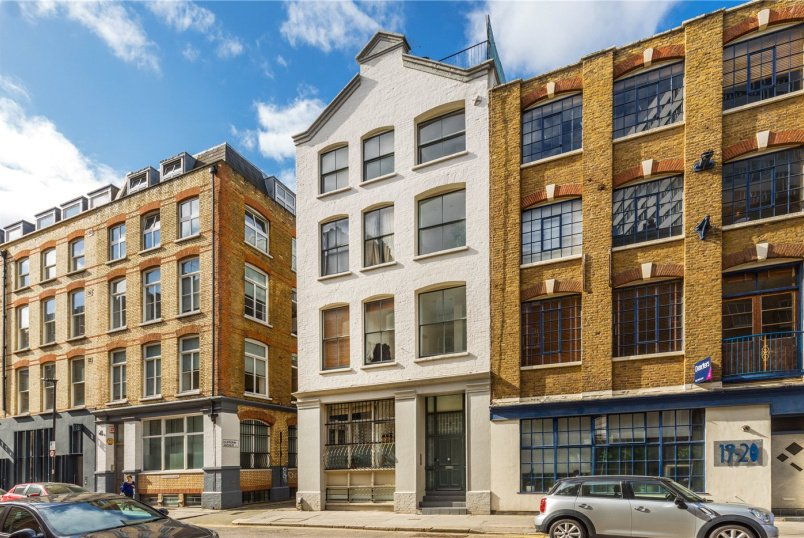 Maisonette for sale in Shoreditch - Dufferin Street, London, EC1Y