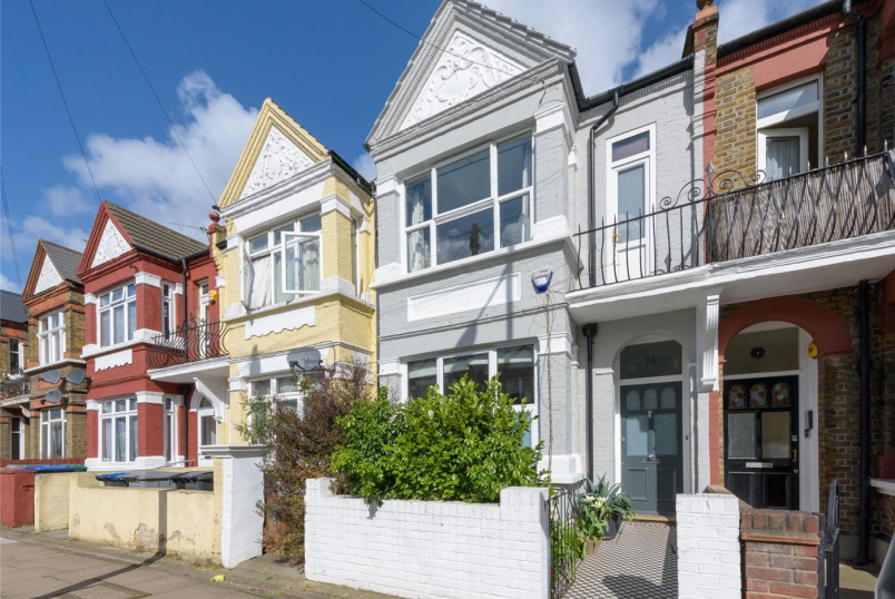 House for sale in Kensal Rise & Queen's Park - Clifford Gardens, London, NW10