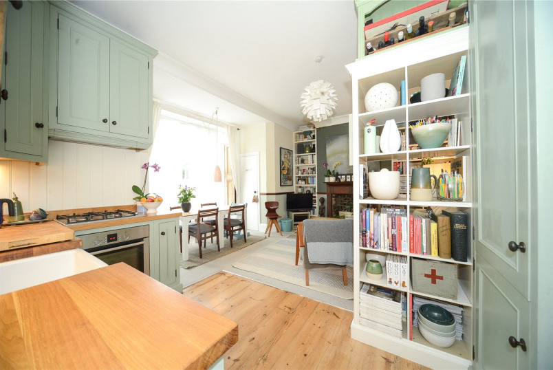 Maisonette for sale in Crystal Palace - Palace Court, 49-51 Palace Square, London, SE19