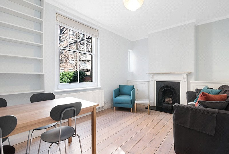 Flat/apartment to rent in West End - Wimbledon Buildings, Newton Street, London, WC2B