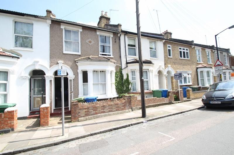 Flat/apartment to let - Furley Road, Peckham, London, SE15