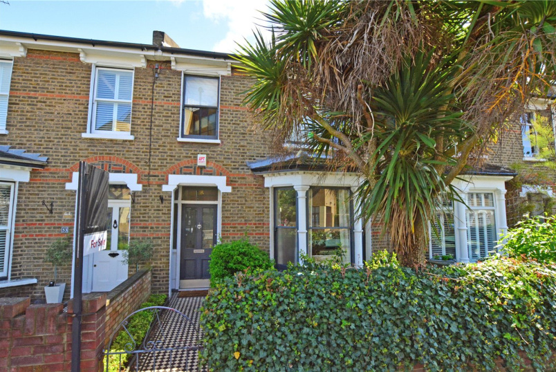House for sale in Blackheath - Taunton Road, Lee, SE12