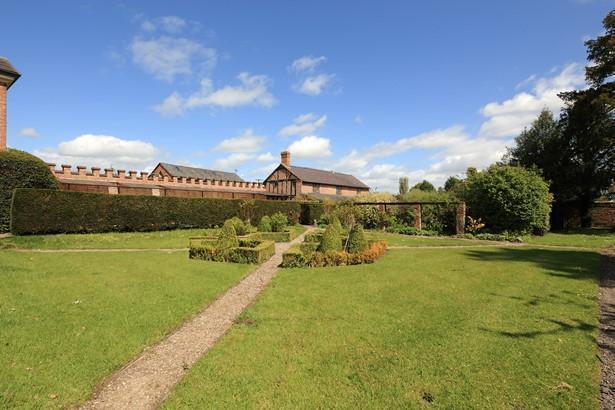10 Bedroom Property For Sale In Ellesmere Shropshire