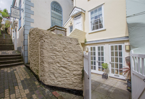 April Cottage, Chapel Lane, Dartmouth, TQ6