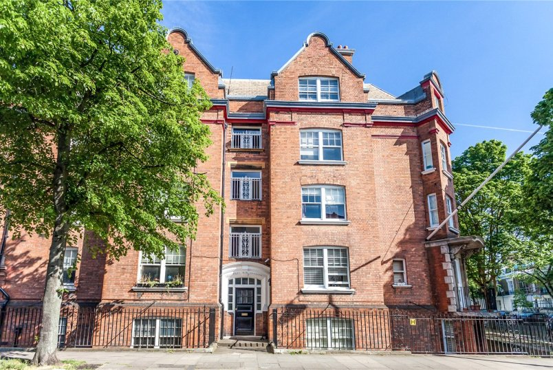 Flat/apartment to rent in Islington - Cloudesley Mansions, Cloudesley Place, London, N1