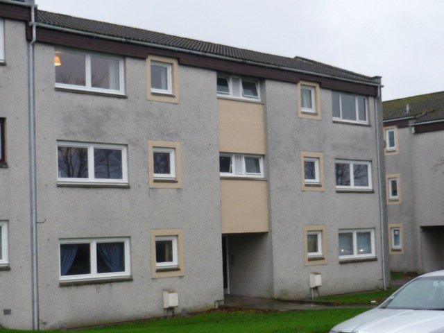 03e13d9d45 1 bedroom flat to rent in Lewis Road