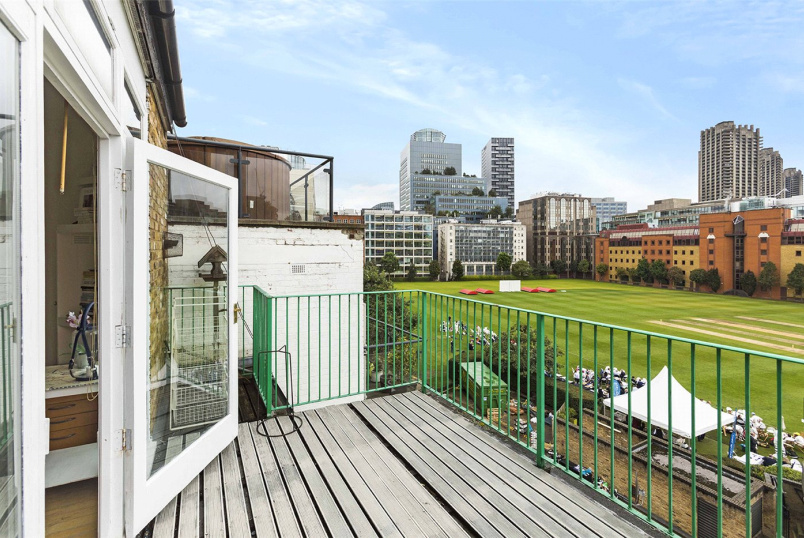Flat/apartment for sale in Clerkenwell & City - City Road, London, EC1Y