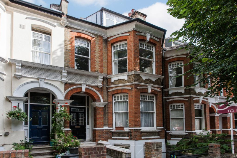 House to let - Sotheby Road, Highbury, N5