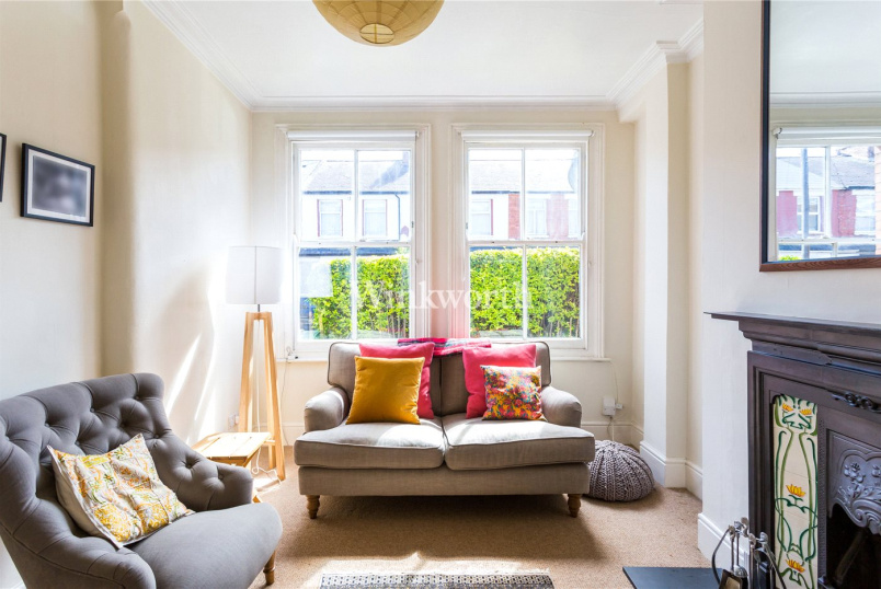 House new instruction - Cissbury Road, Haringay, London, N15