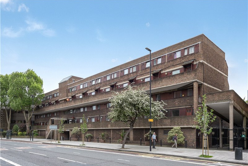 Flat/apartment for sale in Kennington - Holst Court, 65 Westminster Bridge Road, Waterloo, SE1