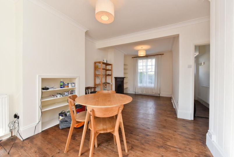 House to let - Darwin Road, Wood Green, N22