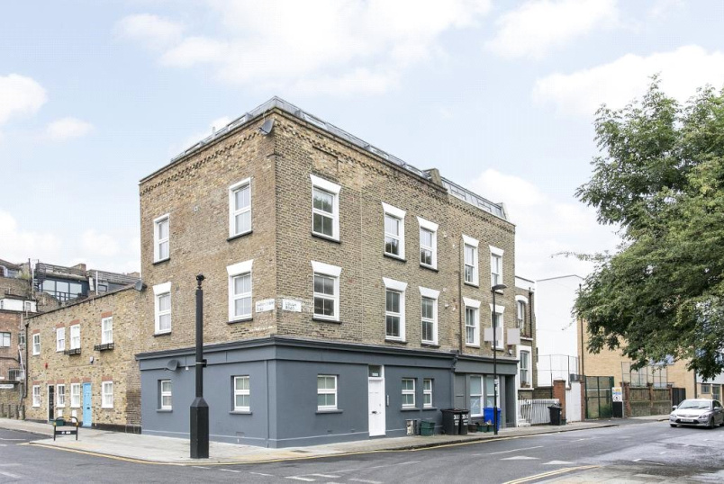 Flat/apartment for sale - Lough Road, Islington, N7