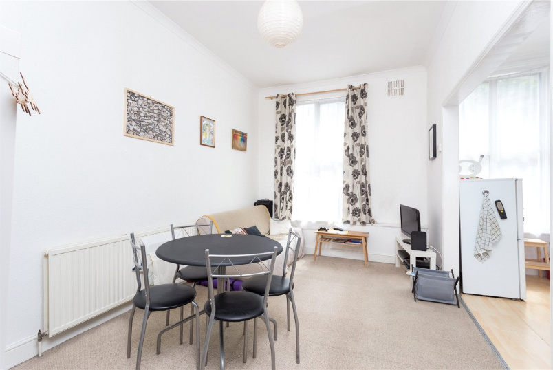 Flat/apartment for sale in Islington - Newington Green Road, London, N1