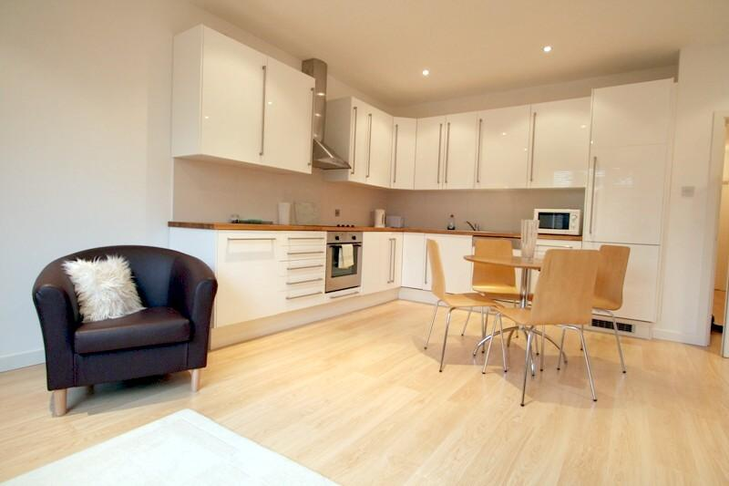 Flat/apartment to let - Freeland Road, London, W5