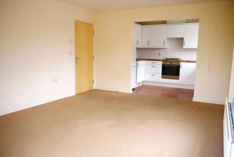 Flat/apartment to let - Station Road, Borehamwood, WD6