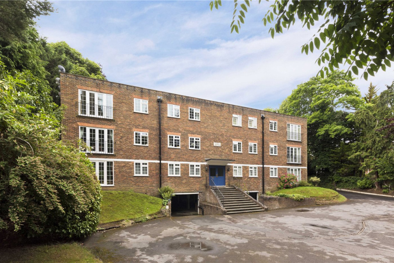 Flat/apartment for sale - Egerton Road, Weybridge, KT13