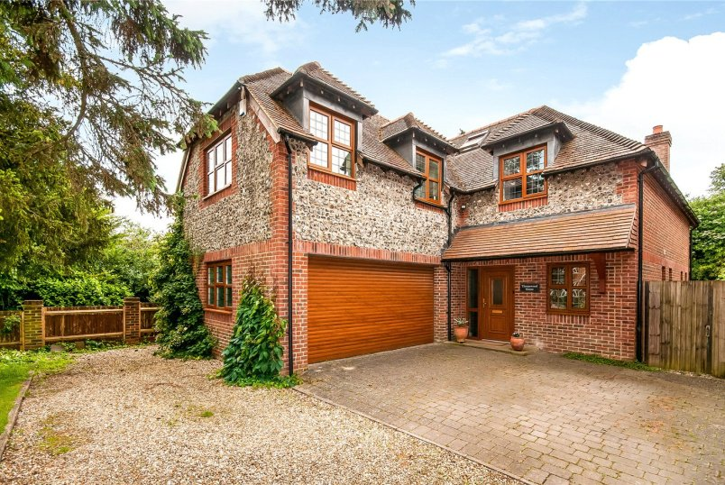 House new instruction - South Drive, Hampshire, Winchester, SO22