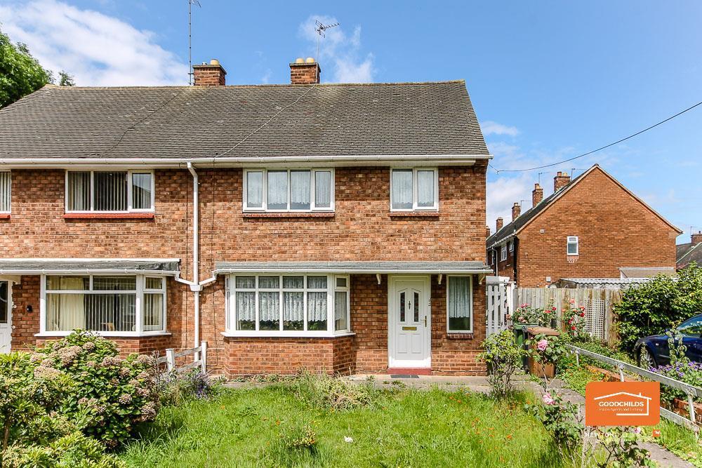3 Bedroom Property For Sale In Glastonbury Crescent Mossley